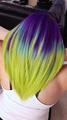 Deep purple meets neon green like a tropical fish Vivid Hair Color, Hair Dye Colors, Cool Hair Color, Colored Hair Tips, Coloured Hair, Funky Hairstyles, Pretty Hairstyles, Rides Front, Purple Hair