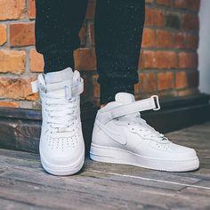 19 ottime idee su How to style - Nike Air Force 1 mid | vestiti ...