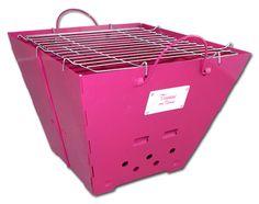 Mit dem faltbaren Tussi on Tour Grill steht einem entspannten Frauenabend nichts mehr im Weg #Grill #pink #Grillparty