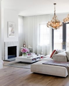 Peek Inside Holiday House Hamptons 2014 - curtains inspiration, coffee table and sofa - amazing light! Living Room Interior, Home Living Room, Living Room Decor, Living Spaces, Lounge Design, Home Design, Living Room Inspiration, My New Room, Decoration