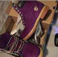shoes dark purple shoes burgundy shoes timberlands boots timberlands gold oxblood timberland timberland boots shoes timberlands and gold chain timberland boots studded timberland boots winter outfits winter boots boots purple timberlands Dr Shoes, Crazy Shoes, Cute Shoes, Me Too Shoes, Shoes Heels, Oxford Shoes, Shoes Sneakers, Burgundy Shoes, Heels