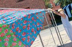 Kiva idea kesäiseen puutarhaan tai tapahtumaan: teltan ruusukatos