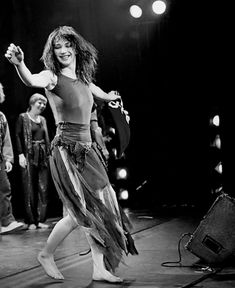 Music Icon, Her Music, Kate Bush Now, Pop Music Artists, Funny Adult Memes, Beautiful People, Beautiful Women, Before The Dawn, Some Girls