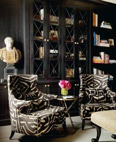 My Favorite Home Libraries with Black Walls Home Interior, Interior And Exterior, Interior Decorating, Interior Office, Modern Interior, Home Decoracion, Interiors Magazine, Home Libraries, Black Walls
