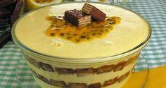 O Gelado de Bis e Maracujá é muito fácil de fazer e fica simplesmente delicioso. Faça para a sobremesa da sua família e receba milhares de elogios! Veja Ta