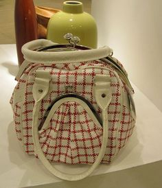 This judgmental handbag disapproves of your lifestyle. | 31 Inanimate Objects With Secret Inner Lives