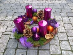 Galerie :: MY FLORIST Chrismas Advent wreath, fuchsia candles, collection Chic & Mysterious