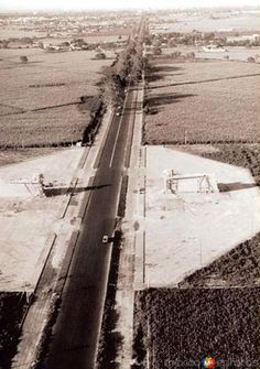 MonumentoLasÁguilas(1964)