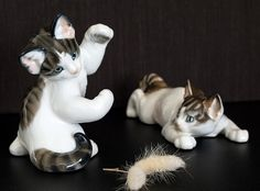大変細かい描写で表現された仕事は「さすが」の一言に尽きます。 躍動感溢れるネコはマニアの方の間でも人気の高い作品です。   ローゼンタール/Rosenthal Th.KARNER フィギュリン 振り返る猫 1204