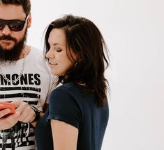 6 Novos Presets Gratuitos   Daniele Marson Instagram Story, Lightroom, Vsco, Life Hacks, Photoshoot, T Shirts For Women, Photography, Tops, Fashion