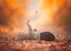 Learn to edit your photos by hand for rich, vibrant color with these powerful editing tutorial videos by LJHolloway Photography. Toddler Photography, Autumn Photography, Portrait Photography, Senior Photography, Fall Children Photography, Digital Photography, Photography Ideas, Indoor Photography, Photography Editing