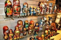 Matrushka dolls from Russia. http://www.buckettripper.com/what-to-buy-in-russia-souvenir-shopping-in-st-petersburg-2/