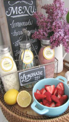 mini lemonade bar....