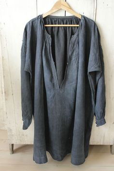 Antique French Indigo blue hand dyed work wear work coat jacket smock ~ wonderful antique textile ~ www.textiletrunk.com