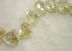 Cristal cortado Mod. 004 1 .7x1.8 Tira c/13 $120,00 Golden