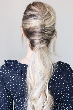 Hairdo For Long Hair, Long Hair Tips, Haircuts For Long Hair, Modern Haircuts, French Twist Hair, Easy French Twist, French Twists, Ponytail Hairstyles, Vintage Hairstyles