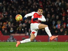 Arsenal star Alexis Sanchez plays down injury fears
