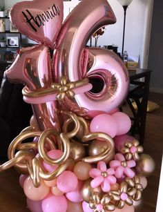 Birthday Balloon Decorations, Happy Birthday Balloons, Christmas Birthday Party, Birthday Parties, Balloon Bouquet Delivery, Graduation Party Planning, Balloon Gift, Balloon Columns, Wedding Balloons