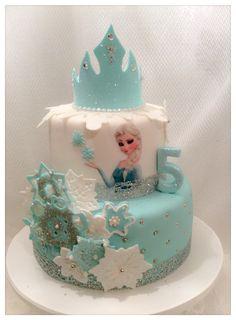 Princess Elsa from 'Frozen' theme cake