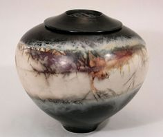 Judith Motzkin Studio :: saggar fired ceramic art and urns Ceramic Techniques, Pottery Techniques, Raku Pottery, Pottery Art, Fire Pots, Coil Pots, Keramik Vase, Cremation Urns, Ceramic Artists