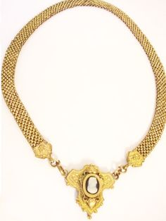Antique Victorian necklace 1880's rolled gold Cameo mesh choker #victorianjewelry #victoriannecklace #cameonecklace #antiquejewelry #antiquenecklace #vintagesparkles
