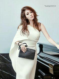 #Minjung Lee / Rhee #이민정 - Cosmopolitan Korea