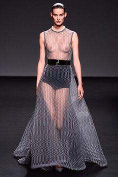 Christian Dior Fall 2013 Couture - Leelee Sobieski (www.ifiwasastylist.blogspot.com)