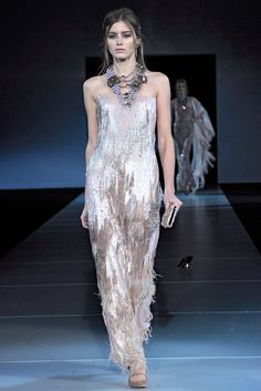 Giorgio Armani Fall 2011 Ready-to-Wear - Collection - Gallery - Style.com