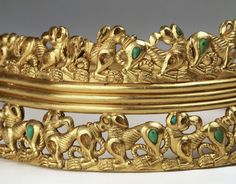 Sarmatian golden neck circlet Sarmatian golden neck circlet, 1st C AD, studded with turquoise, coral and glass from the Chochlatch kurgan near Novocherkask. Katalog Nr. 88 © Staatliche Eremitage St. Petersburg