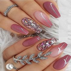 Nice Berry Pink Nail Polish Design for Coffin Nails in 2019 Just go through this post to see our stunning ideas of berry pink nail arts and designs for more cute hands' look. Just see here we have collected here fantastic nail polish ideas to wear in 2020 Pink Nail Art, Pink Nail Polish, Cute Acrylic Nails, Gel Nails, Coffin Nails, Nail Nail, Acrylic Nails For Summer Glitter, Pink Summer Nails, Glitter Accent Nails
