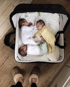 A diaper bag or nappy bag is a storage bag with many pocket-like spaces that is big enough to carry everything needed by someone taking care of a baby while taking a typical short outing. Cute Baby Twins, Cute Little Baby, Baby Kind, Little Babies, Baby Boy, Baby Diaper Bags, Diaper Bag Backpack, Buy Backpack, Cute Baby Pictures