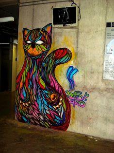 "Mesmerizing Graffiti GIF of ""Hypnocat"" - My Modern Metropolis"