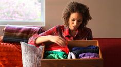 Organize shirts VERTICALLY in your drawers. Always see what's there. Video Pick: Organized to a Tee | ArchetypeMe