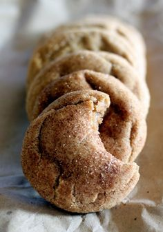 Pinner says: Brown Butter Snickerdoodle Cookies . These taste extraordinary. The best snickerdoodle you will ever have. Köstliche Desserts, Delicious Desserts, Dessert Recipes, Yummy Food, Delicious Chocolate, Yummy Cookies, Yummy Treats, Sweet Treats, Cinnamon Cookies