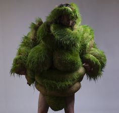 Green - body art - Lucyandbart - Lucy McRae y Bart Hess, Lucy Mcrae, Bart Hess, Blog Art, Body Adornment, Weird Art, Totems, Green Man, Australian Artists, Textiles