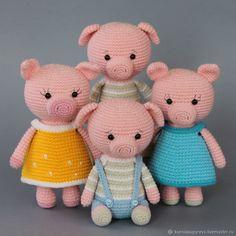 Crochet Pig, Crochet Animals, Crochet For Kids, Crochet Toys, Amigurumi Toys, Amigurumi Patterns, Amigurumi Tutorial, Knitting Dolls Clothes, Baby Gift Box