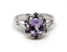Inel din argint 925 rodiat si decorat cu ametist. Heart Ring, Sapphire, Engagement Rings, Jewelry, Enagement Rings, Wedding Rings, Jewlery, Jewerly, Schmuck
