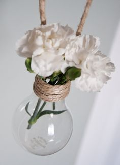 Set of 18 hanging light bulb vases with natural jute by asimpson98
