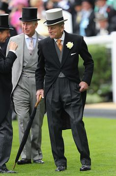 Prince Philip, Duke of Edinburgh arrives in the parade ring at Royal Ascot 2016 at Ascot Racecourse on June 2016 in Ascot, England. (Photo by Chris Jackson/Getty Images) Royal Uk, Royal Life, Royal Ascot, Royal Prince, Prince Of Wales, Diana Spencer, Prinz Philip, Prince Charles And Camilla, Royals