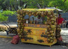 Kiosko de venta de Agua de coco,Venezuela.
