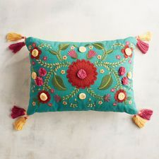 Embroidered Fiesta Floral Teal Lumbar Pillow with Tassels - Decor Universe Indian Embroidery, Hand Embroidery Designs, Embroidery Patterns, Crochet Patterns, Cushion Embroidery, Embroidered Cushions, Diy Pillows, Decorative Throw Pillows, Cushion Cover Designs