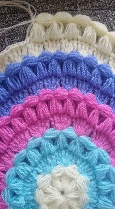 Crochet Purse Granny Square Baby Blankets 60 Ideas For 2019 Granny Square Crochet Pattern, Crochet Round, Crochet Chart, Crochet Motif, Crochet Stitches, Knit Crochet, Smocking Tutorial, Crochet Flower Tutorial, Tricot