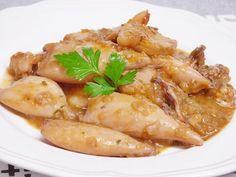 Chipirones en salsa, receta fácil | La cocina de masito Vegetarian Recipes, Cooking Recipes, Healthy Recipes, How To Cook Fish, Keto Meal Plan, Fish And Seafood, Diy Food, Fish Recipes, Summer Recipes