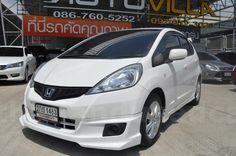 ขายรถเก๋ง HONDA JAZZ ฮอนด้า แจ๊ส รถปี2013 สีขาว