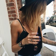 Gorgeous natural wavy ombre hair. Love her style!
