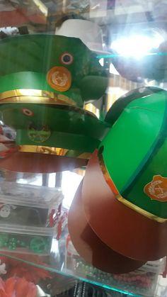 Gorros de Carabineros unidad $1.500  precio por mayor  $ 1.200. envío a regiones. Disfraces matilda colores.