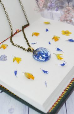 Items similar to Blue Cornflower Pendant - Terrarium Necklace - Botanical Necklace - Real Flower Necklace - Resin Necklace, Bohemian Jewelry for Nature Lover on Etsy Resin Necklace, Resin Jewelry, Jewelry Crafts, Terrarium Necklace, Flower Necklace, Jewellery, Handmade Clothes, Handmade Crafts, Handmade Jewelry