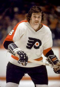 """Dave """"the Hammer"""" Schultz - 472 PIM in one season!"""