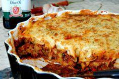 Veganski Svemir Wegański Wszechświat: Moussaka - grecka zapiekanka Lasagna, Ethnic Recipes, Food, Essen, Meals, Yemek, Lasagne, Eten