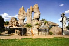 Monumento às Águas, do Grupo diRoma, em Caldas Novas, Goiás, Brasil.  Fotografia: Secretaria de Turismo de Caldas Novas/Divulgação.